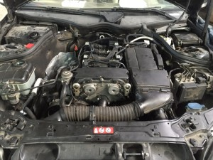 Производится окончательная сборка навесных деталей двигателя, заливается масло в двигатель, охлаждающая жидкость в систему охлаждения, производится запуск ДВС, выполняется тестирование диагностическим оборудованием для проверки всех систем автомобиля.